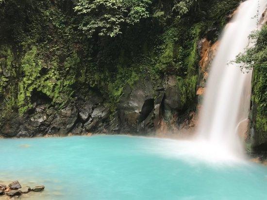 Sloth Tamarindo Tour: Waterfall and pool in Tenorio National Park