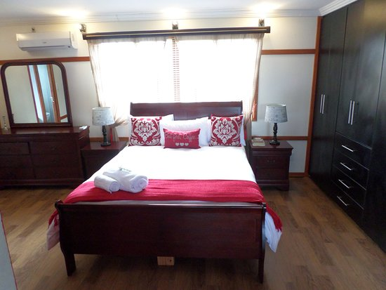 Louis Trichardt, Νότια Αφρική: Rose guesthouse main bedroom