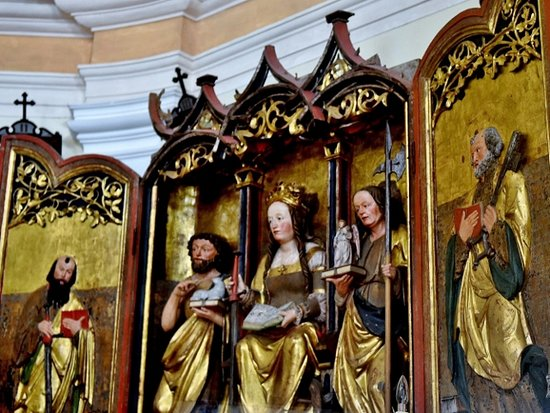 Cortina d'Ampezzo, Italien: Prezioso altare a sportelli