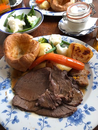 Parkgate, UK: Beef Sunday lunch
