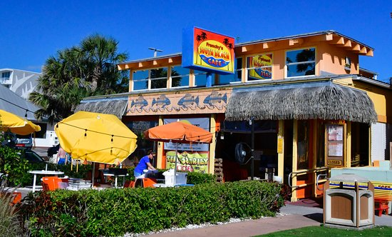 Frenchy's South Beach Cafe : Outside view the day before reopening