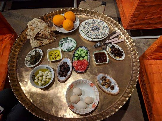 Sebastia, Παλαιστινιακά Εδάφη: Breakfast