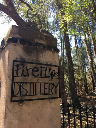 Firefly Distillery: Entrance to the distillery