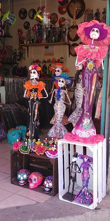 Tonala Craft Market: 20180315_124516_large.jpg