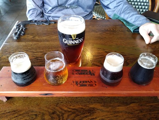 Meehan's Irish Pub: flight