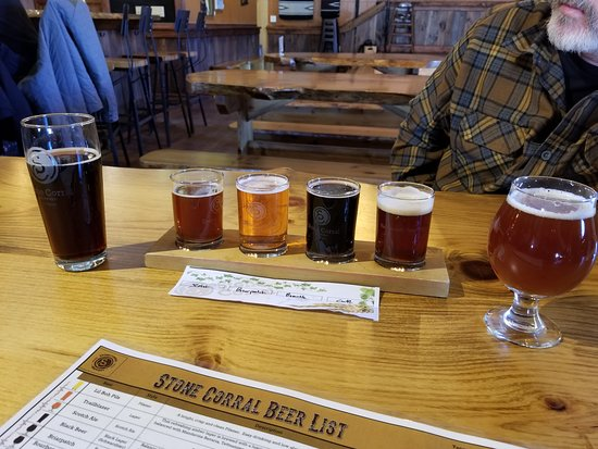 Richmond, VT: Housemade root beer, sampler and Tropical Dubbel