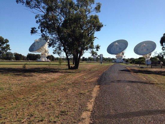 The Australia Telescope Compact Array: photo0.jpg
