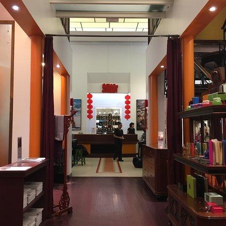 La maison de la chine paris 6th arr luxembourg restaurant reviews phone number photos - Maison de la chine boutique ...