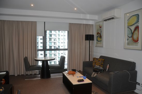 Meriton Suites Adelaide Street, Brisbane Photo