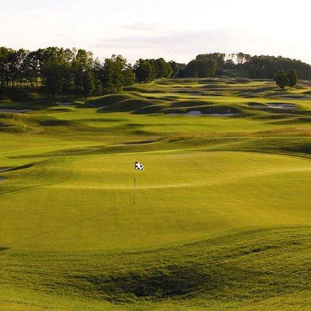 Kewadin, MI: Golf course