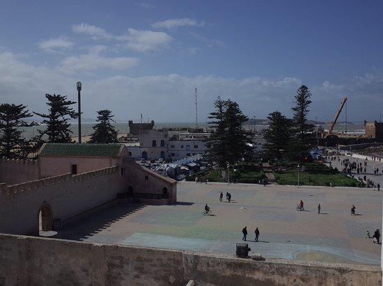 Piscine priv e pour les clients h tes photo de les for Les jardins de la villa maroc essaouira