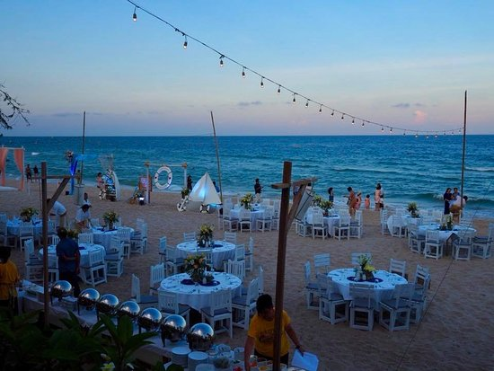 Veranda Lodge Beach Wedding Reception