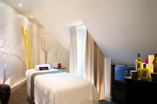 Hotel Napoleon Paris: Spa