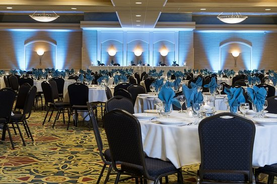 Independence, OH: Ballroom