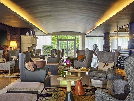 Mercure royal fontainebleau hotel voir les tarifs 127 for Hotel fontainebleau france
