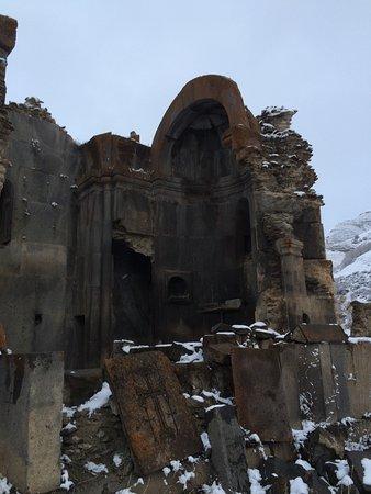 Vayots Dzor Province, Armenia: Arates ruins.