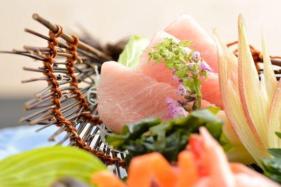 Yamazato, designated a Michelin Plate restaurant. - Sashimi