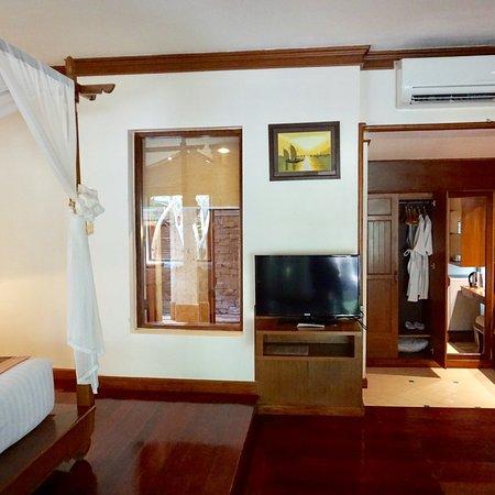 Krabi Tropical Beach Resort Review