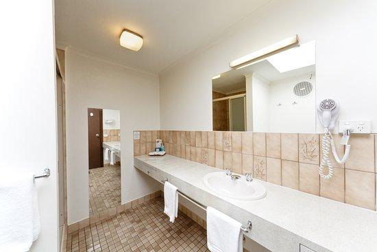 Belvoir Village Motel & Apartments Picture