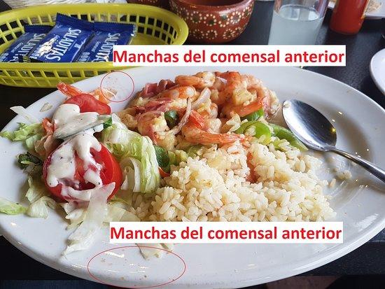 San Juan Cosala, Mexico: Evidencia de platos sucios