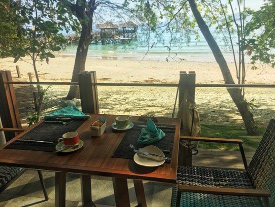 Pulau Gaya, Μαλαισία: Breakfast at the Pantai Grill