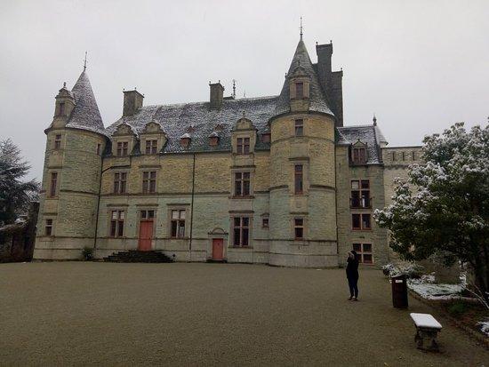 Tourlaville, Francja: Château des Ravalet le 19/03/2018 sous la neige