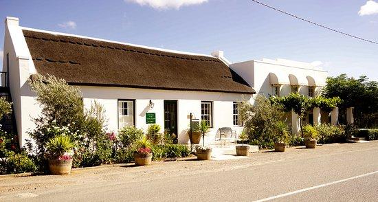 McGregor, Afrika Selatan: OVL from the street