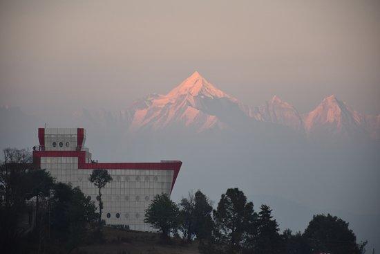Himalayas in Chaukori at sunrise