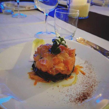 Calvinius Restaurant & Wine