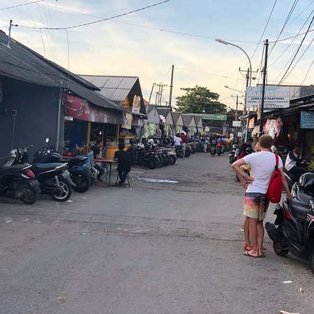 Jimbaran Fish Market : photo0.jpg
