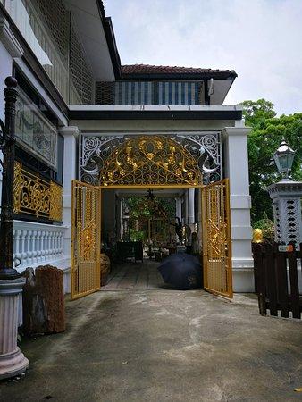 Holiday Rentals Penang Island