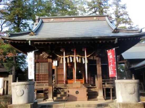 Nerima, Japan: 拝殿前にて