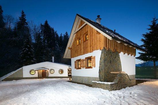 Dolny Kubin, Slovakia: Rozprávková dedinka - Mlyn v pozadí Hobit