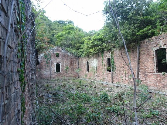 Gunpowder Storehouse Remains