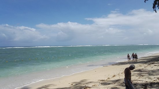 Le Morne Beach: Another view of the beach in Le Morne