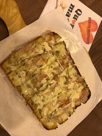 Mason Vicentino, Italien: bruschetta con pancetta