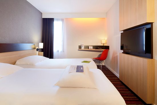 hotel kyriad tours sud chambray les tours updated 2018 reviews price comparison france. Black Bedroom Furniture Sets. Home Design Ideas