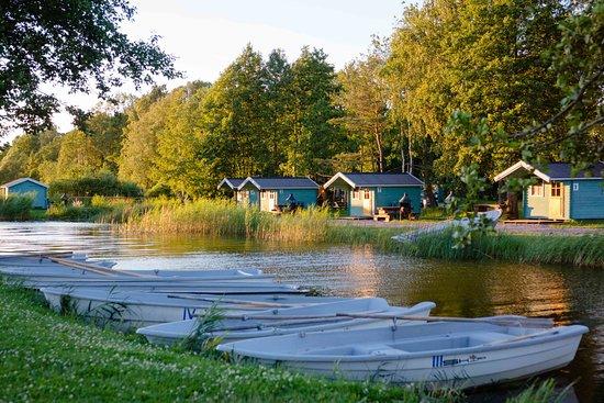 Tostamaa, Estland: Camping houses. Boat rental.