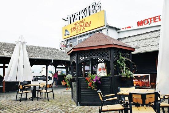 Згожелец, Польша: Bar Truckera to restauracja z tradycyjnym polskim jedzeniem.