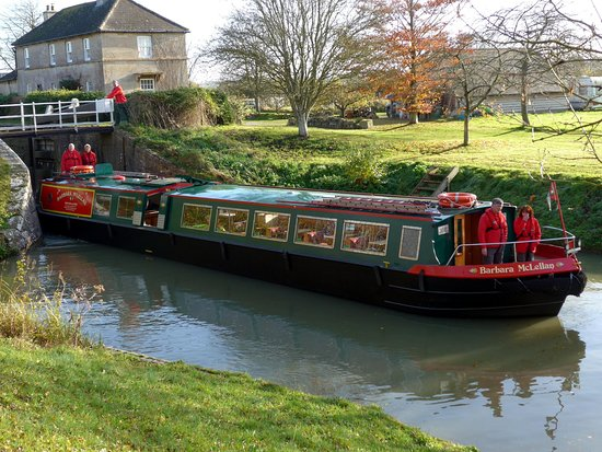 Bradford-on-Avon, UK : Coming out of Semington Lock