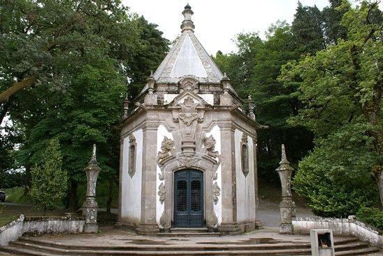 Santuario do Bom Jesus do Monte: Une chapelle dans le parc