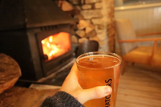 Shipham, UK: Cosy cosy fireplace