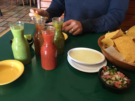 Monroe, Carolina del Norte: Five Salsas