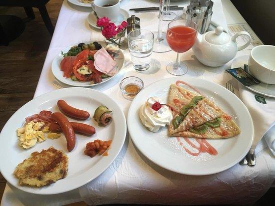 Unitas Hotel: Breakfast selections