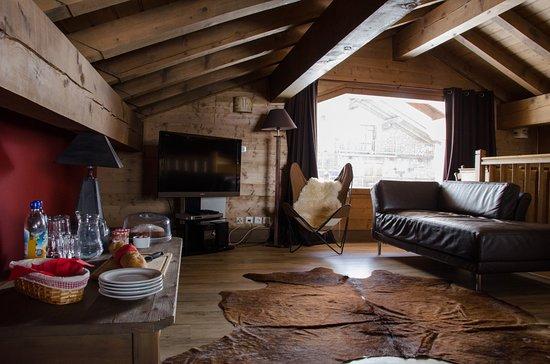 chalet bonjour athenaise val d 39 is re france voir les. Black Bedroom Furniture Sets. Home Design Ideas