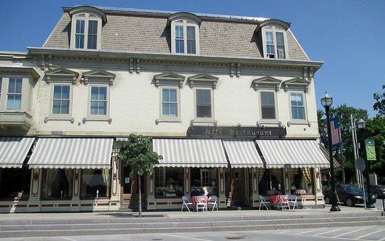 Saint Albans, VT: Jeff's Maine Seafood