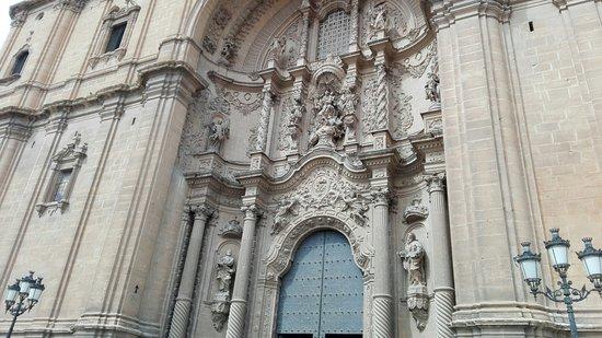 Ex colegiata de Santa Maria la Mayor: IMG_20180319_123141_BURST001_COVER_large.jpg