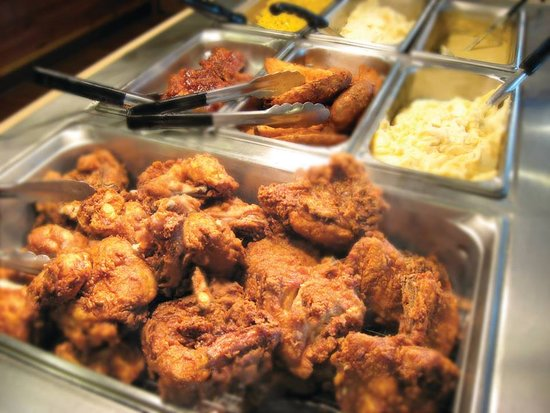 Bettendorf, IA: Our Chicken and hot food buffet is what you are craving.