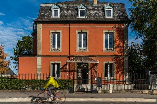 Villa Tschaen - Urban Art Gallery