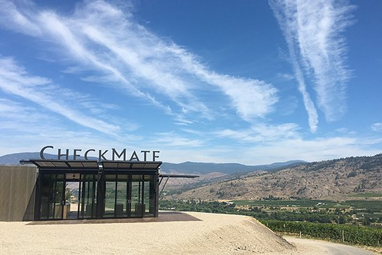 Oliver, Kanada: The Installation - a pop-up tasting room